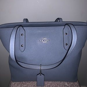 COACH CITY ZIP TOTE - baby blue GREAT condition!!!